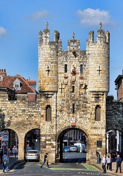 体验英国的古老与沧桑,来这些城镇.